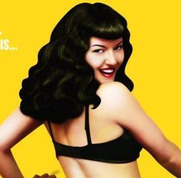 """""""La scandalosa vita di Bettie Page"""": ritratto inconcludente di un'icona"""